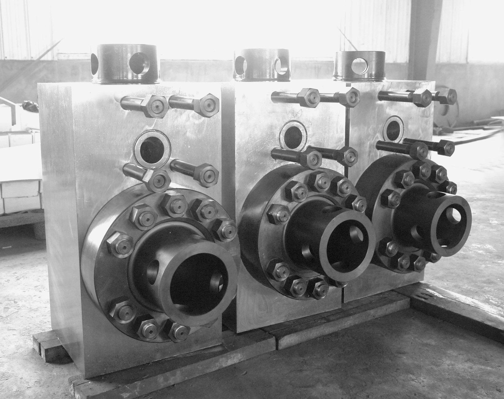 F系列泥浆泵液缸